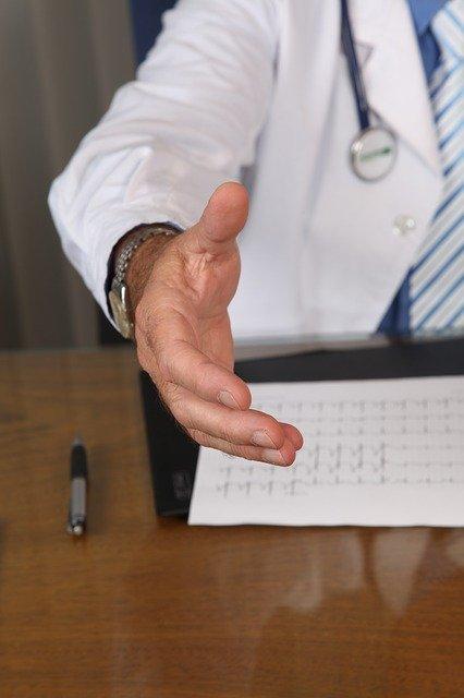 jak założyć własny gabinet lekarski